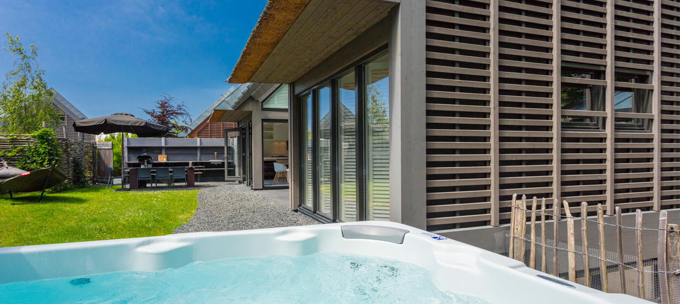Duynvoet jacuzzi (1)